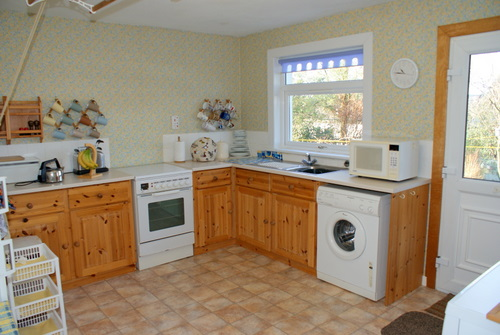 Modern, Large Kitchen in Hill View Self Catering, Shiskine